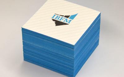 wolf-manufaktur-quadratische-visitenkarten-farbschnitt-blau-29988_400x250