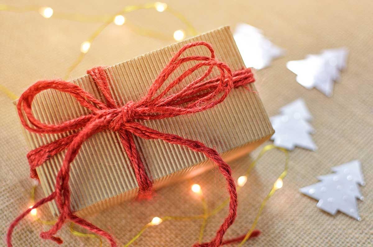 wolf-manufaktur-5-ideen-geschenkverpackung-schnuere